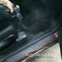 Очистка ковра автомобиля паром